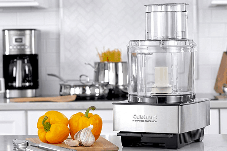 How to use a food processor