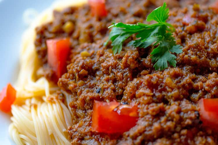 how-to-spice-up-spaghetti-sauce
