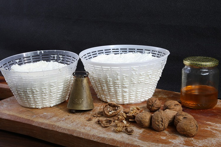how-to-make-ricotta-cheese
